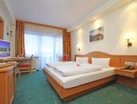 komfortzimmer-hotel-waidring-4.jpg