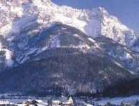 Ortsansicht_Winter_Waidring.jpg