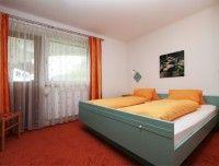 schlafzimmer-2-fewo.jpg