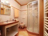 ferienwohnung-hochfilzen-badezimmer.jpg